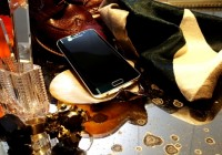 Samsung Galaxy S6 a S6 edge vyvolali zlatú horúčku,  fakty o zlate, ale aj o iných farbách.
