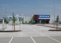 Francúzsky Decathlon otvoril v bratislavskom Pharose prvú ekologickú predajňu.