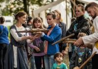Vinárska sezóna sa začína: Trnava tento víkend opäť ožije Tradičným trnavským jarmokom.
