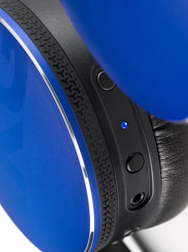 Image - Y50BT Blue (Detail View 02)+