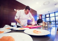 Zažite live cooking s profesionálnym šéfkuchárom.