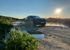 Mazda CX-30 smanuálom a2.0-litrovým motorom zvládne aj brodenie