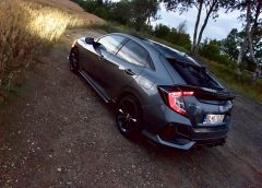Honda Civic Sport Line s 1,0 litrovým motorom láka na aero paket