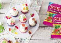 Oslávte deň detímini tortičkami so šťavnatým prekvapením
