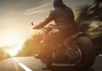 Akú výbavu na motorku si vybrať?